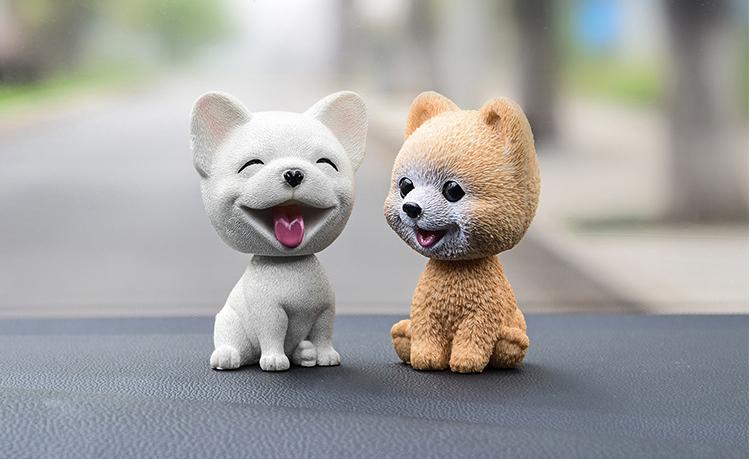 Thú hình mặt cười để xe hơi