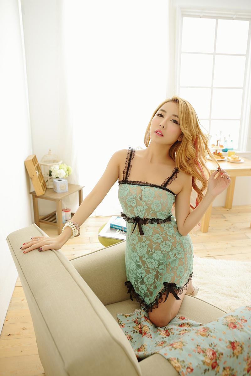 Đầm ngủ kiểu strap nightdres