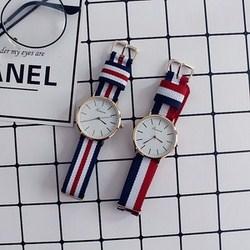Đồng hồ nữ dây retro
