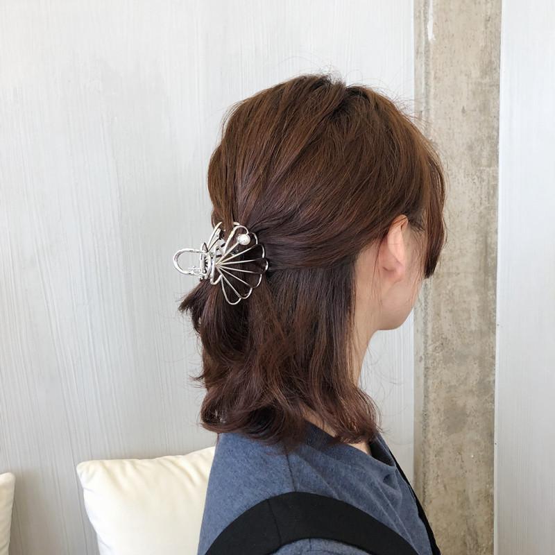 Kẹp tóc con sò