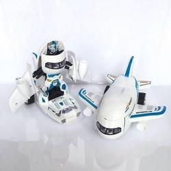 Máy bay biến hình thành robot có nhạc