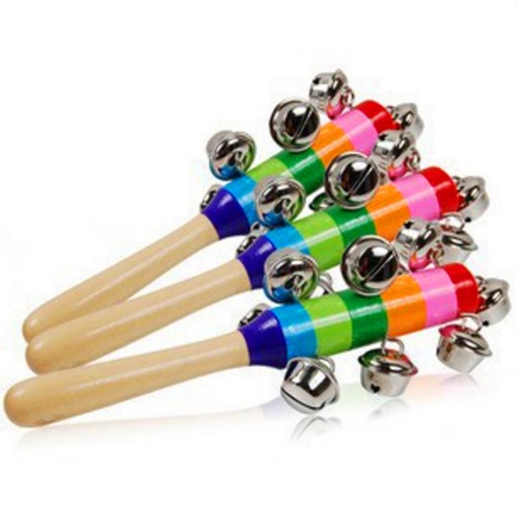 Cây đồ chơi nhiều màu và có chuông cho bé