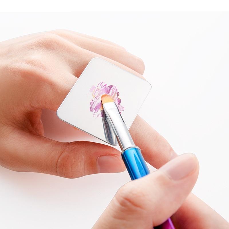 Dụng cụ đeo tay tán bột Nail