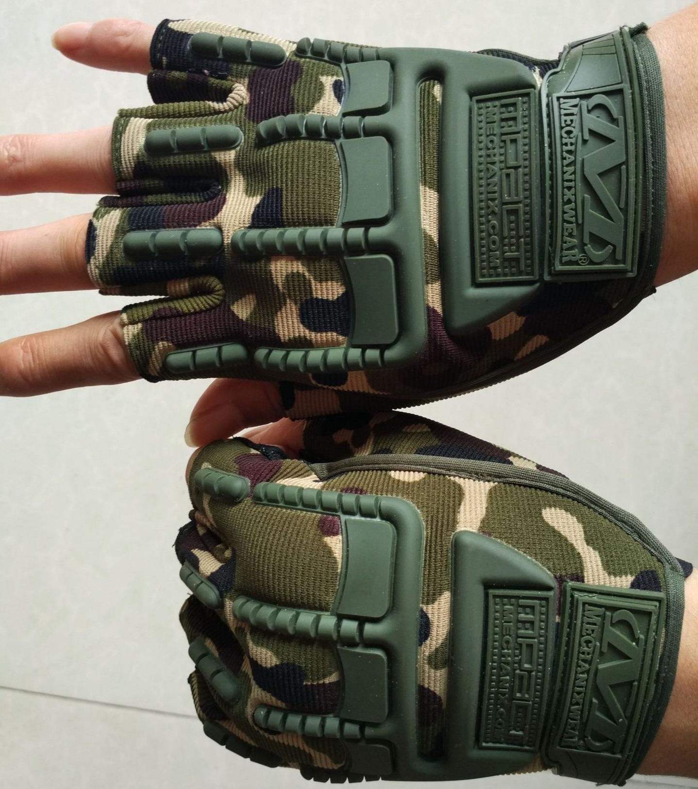 Găng tay nữa ngón Mechanix quân đội