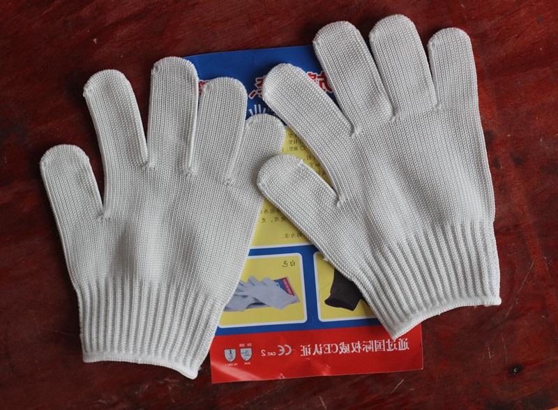 Găng tay chống cắt đứt (đen ,trắng)