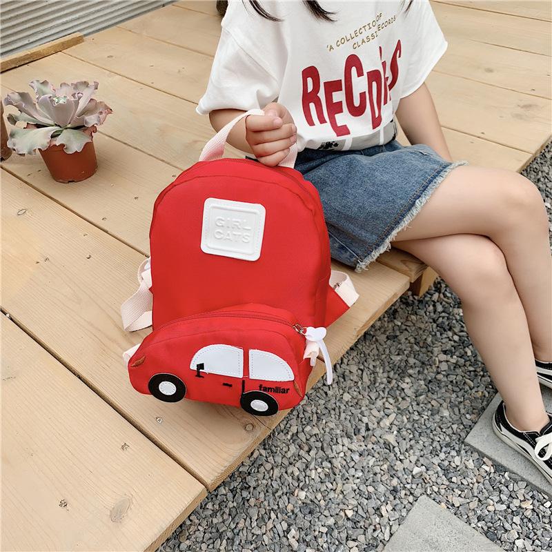 Balo Girl Cats ngăn trước hình xe hơi